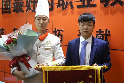 重庆新东方烹饪精英1801毕业欢送会