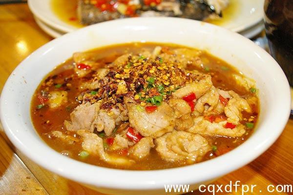 重庆新东方烹饪学院_渝牌菜水煮肉片